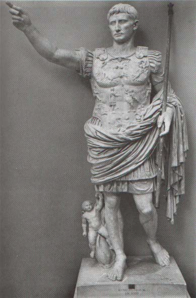 an analysis of the doryphoros Polykleitos, the doryphoros, and tradition many of the essays offer extended analysis and detailed illustration of his surviving sculptures.